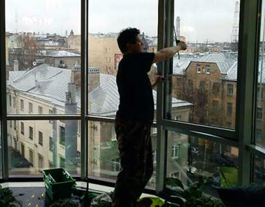 мытье балконов в москве