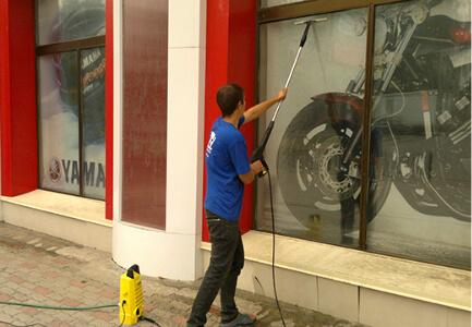 мытье витрин в москве
